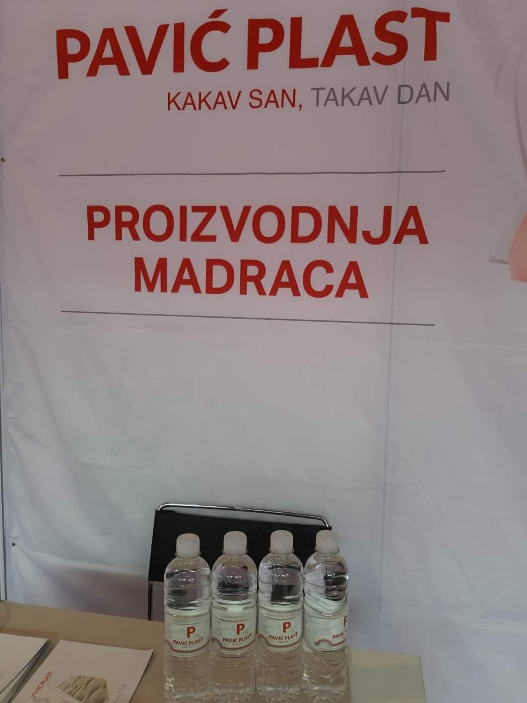 Promo-Voda-Promo-Voda-Hrvatska-Promocijska-Voda-Promocijska-Voda-Hrvatska-Brandirana-Voda-Hrvatska-Reklamna-voda-s-logotipom-Hrvatska-jpg.